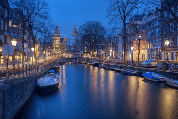 Location de jet privé à Paris - Amsterdam
