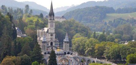 Location de Jet Privé à Tarbes Lourdes Pyrénées