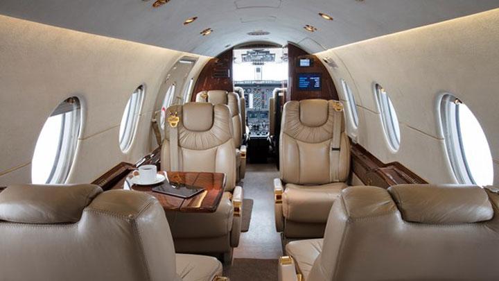 Location jet privé HAWKER 400 XP