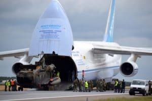 Location avion cargo Antonov An-124 chargement