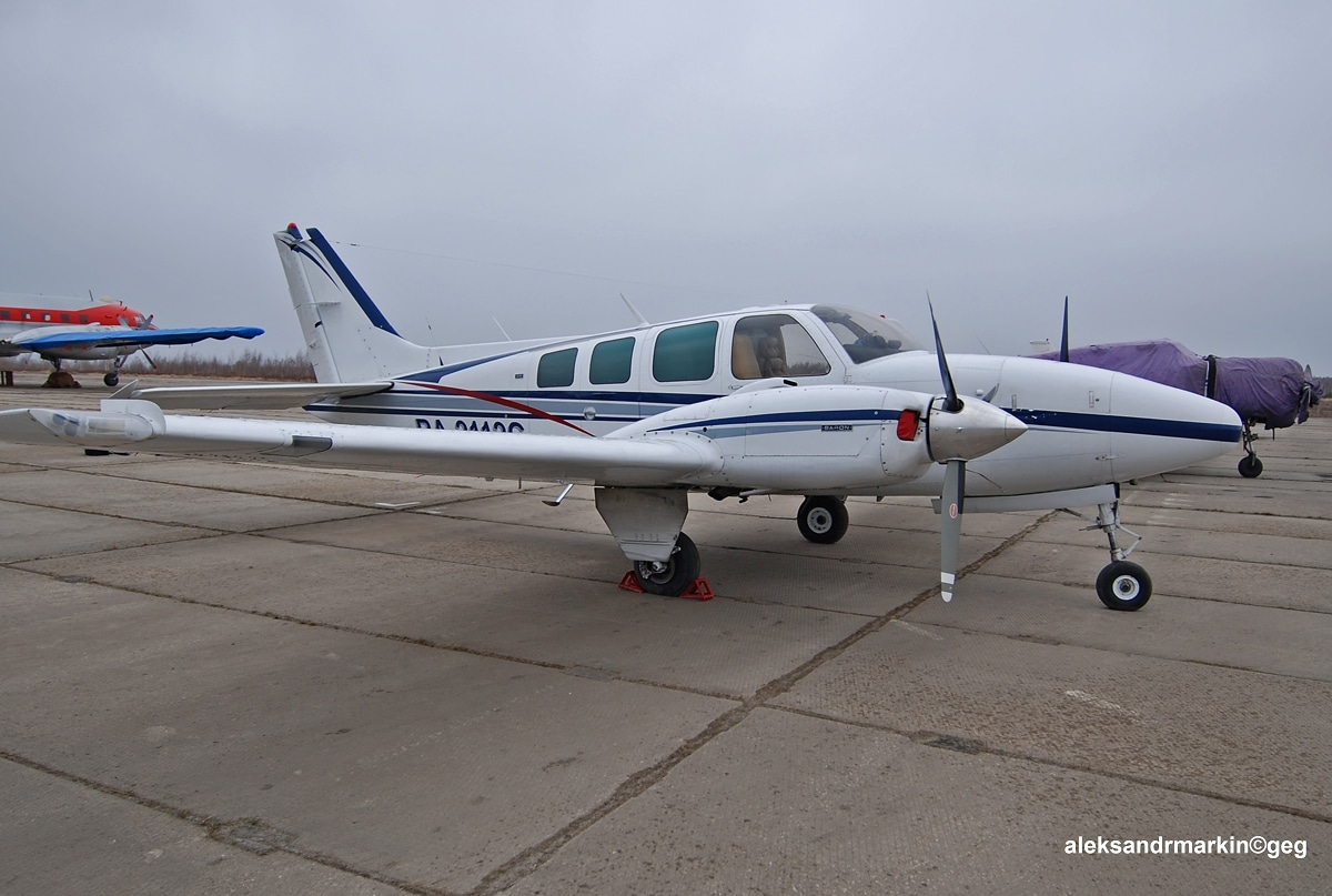 Avion de tourisme Beechcraft Baron 58