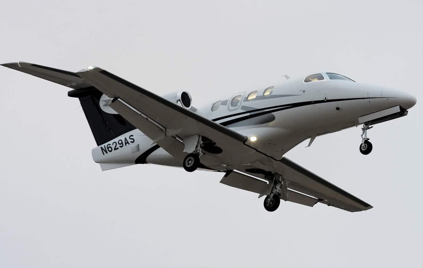Phenom 100 avion de tourisme neuf